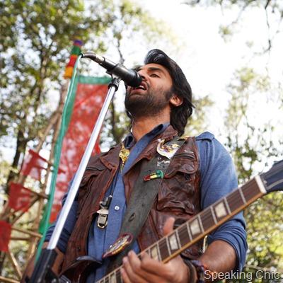Ranbir Kapoor chain in Rockstar