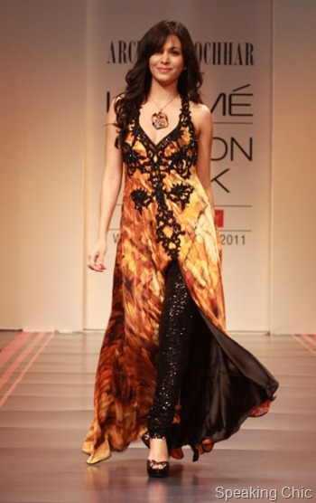 ARCHANA KOCHHAR at LFW W/F 2011