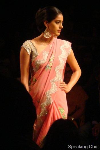 Pallavi Jaikishan sari at LFW W/F 2012