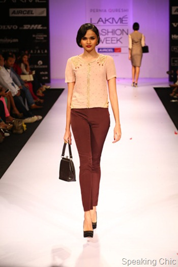 Pernia Qureshi 1950s at LFW W/F 2012