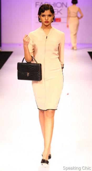 Pernia Qureshi bag at LFW W/F 2012