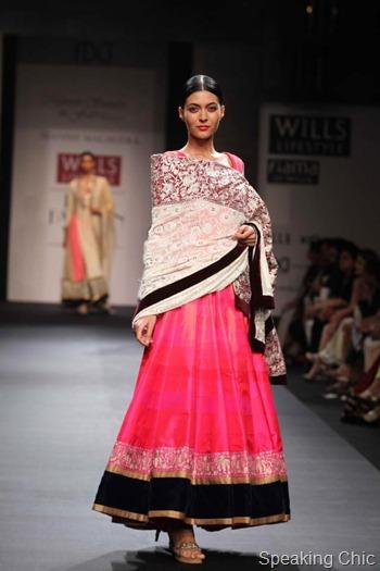 WIFW SS13 Manish Malhotra