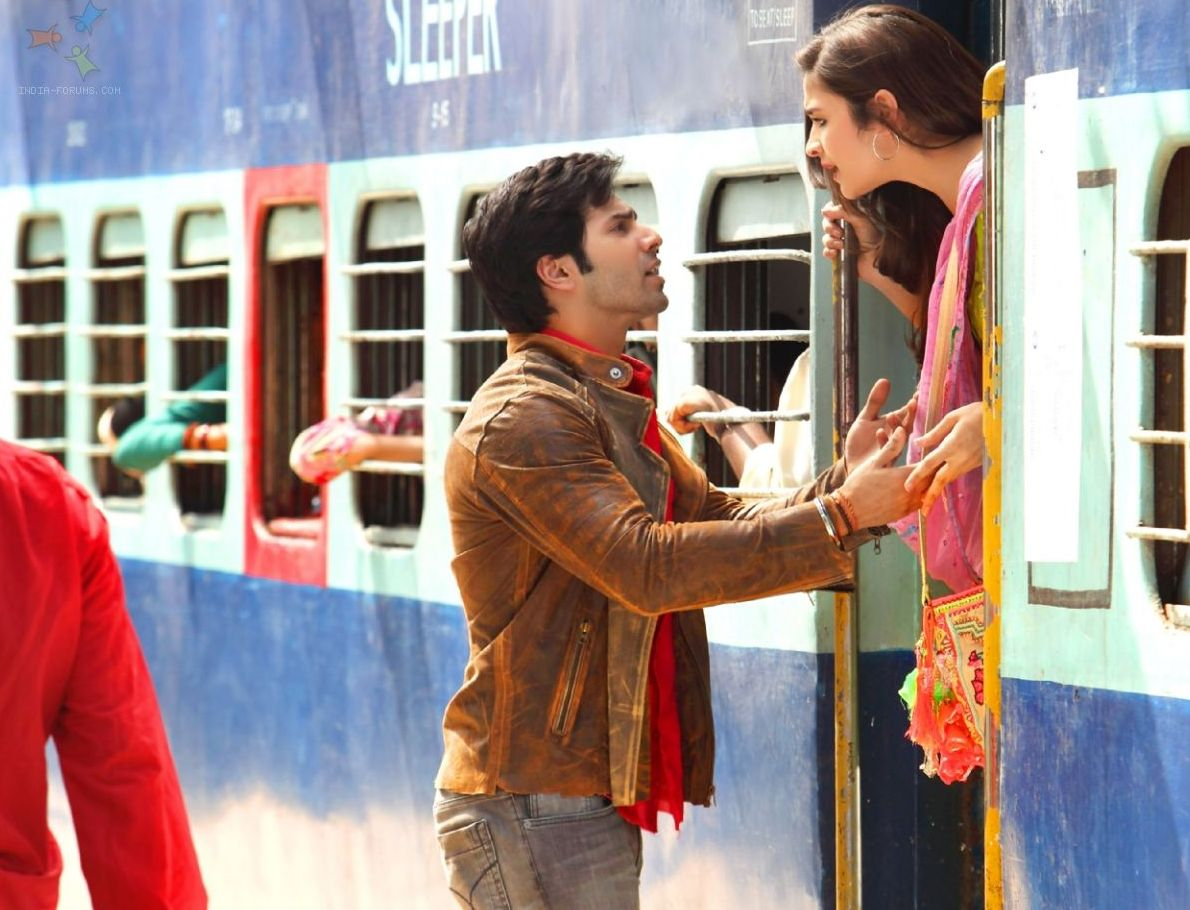 Train scene- Humpty Sharma Ki Dulhania