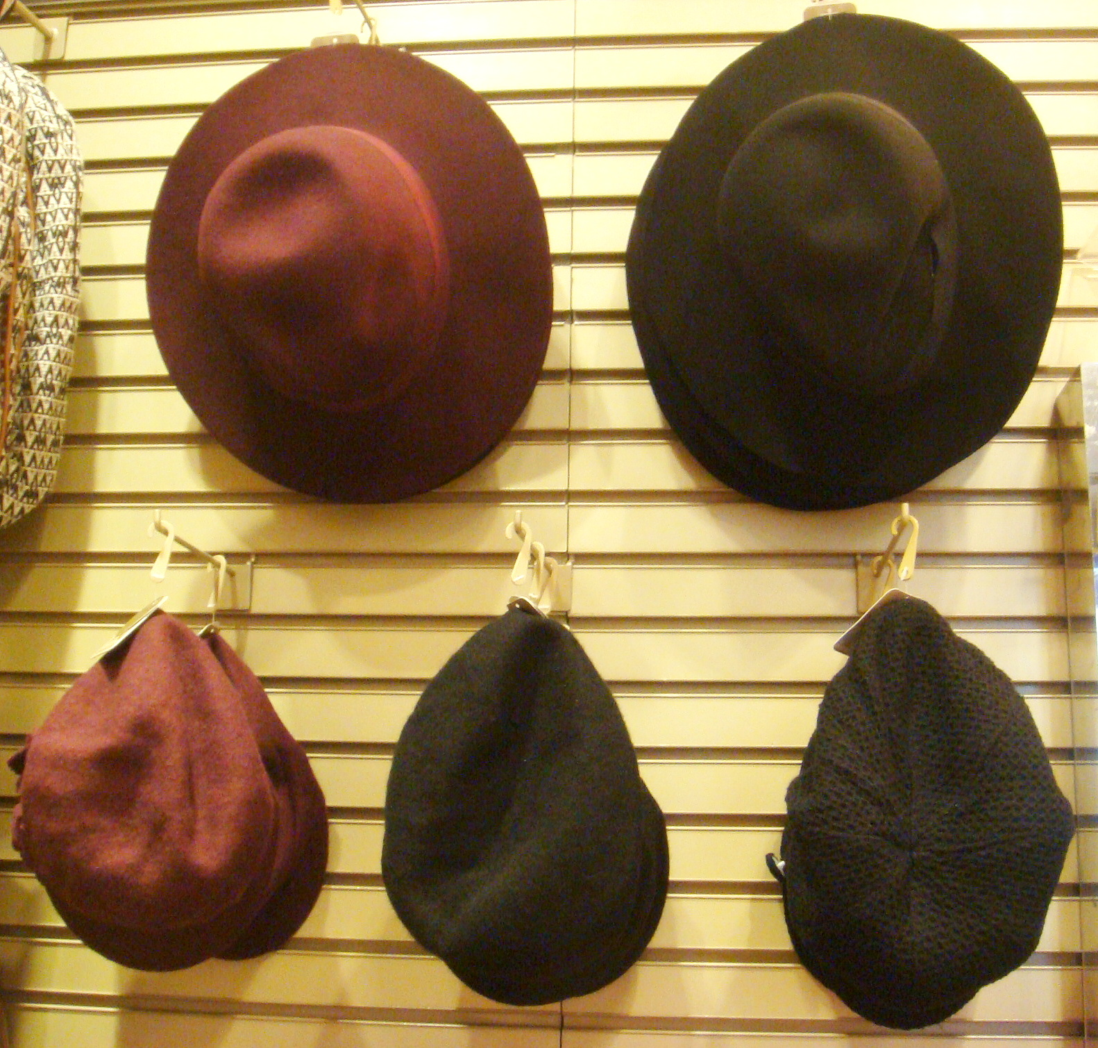 Accesorize hats