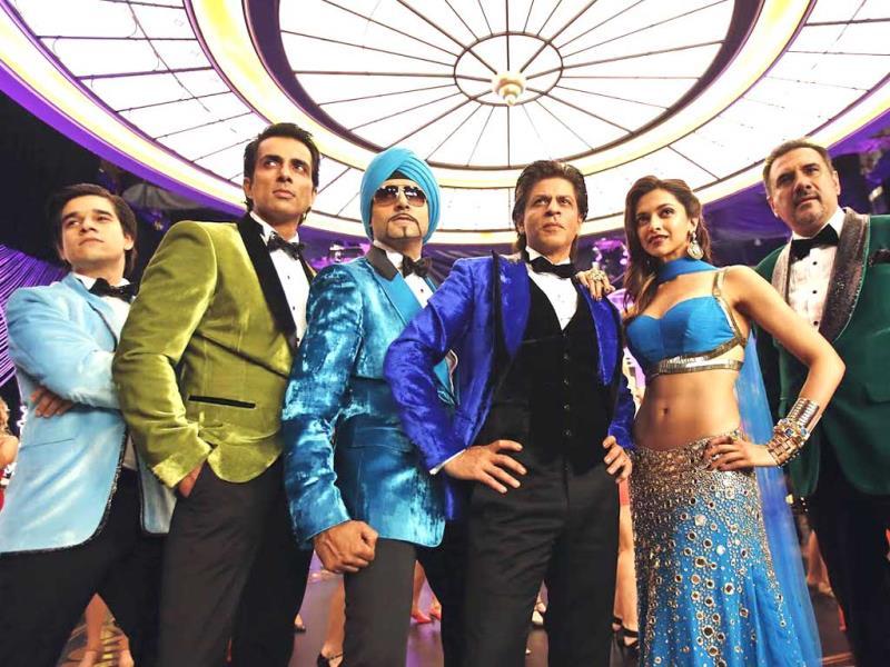 Deepika Padukone in blue Indiawaale