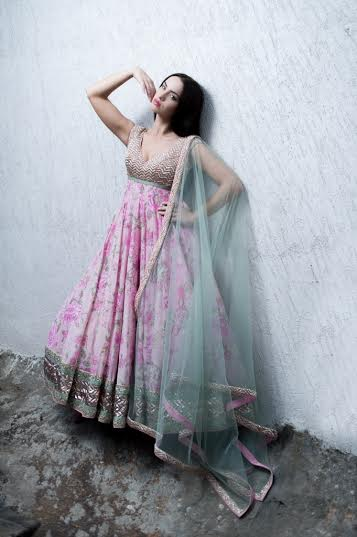 anushree reddy look
