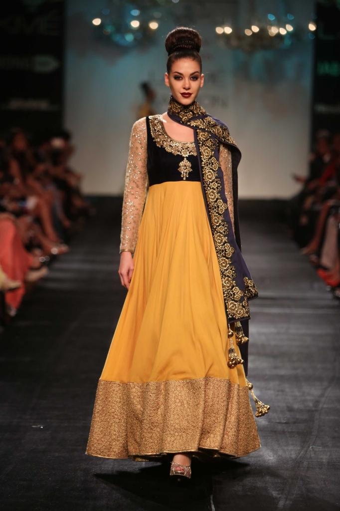 Vikram_Phadnis_LFW_WF_2014-yellow