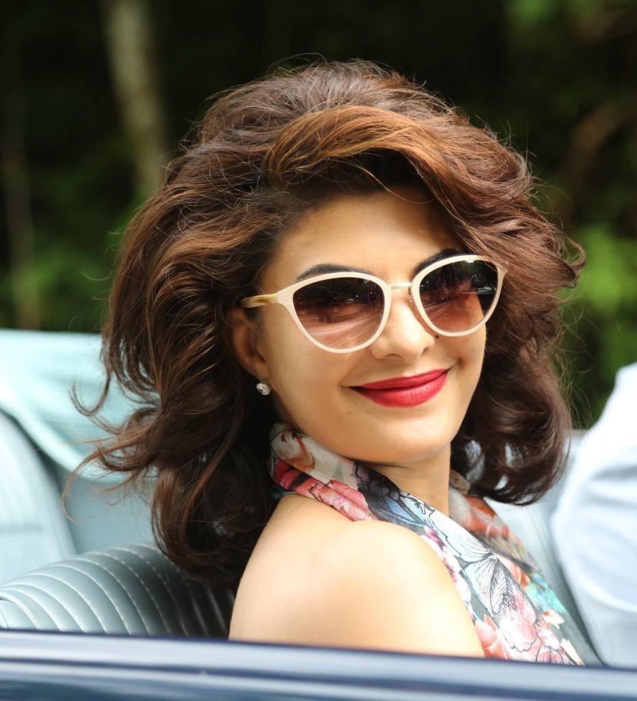 Jacqueline Fernandes in Roy