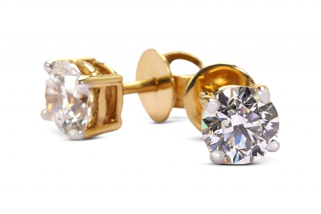 TBZ diamond in gold solitaire studs
