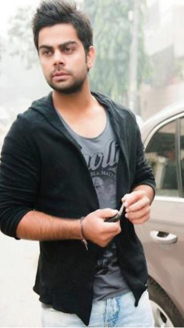 Virat Kohli tee and jeans