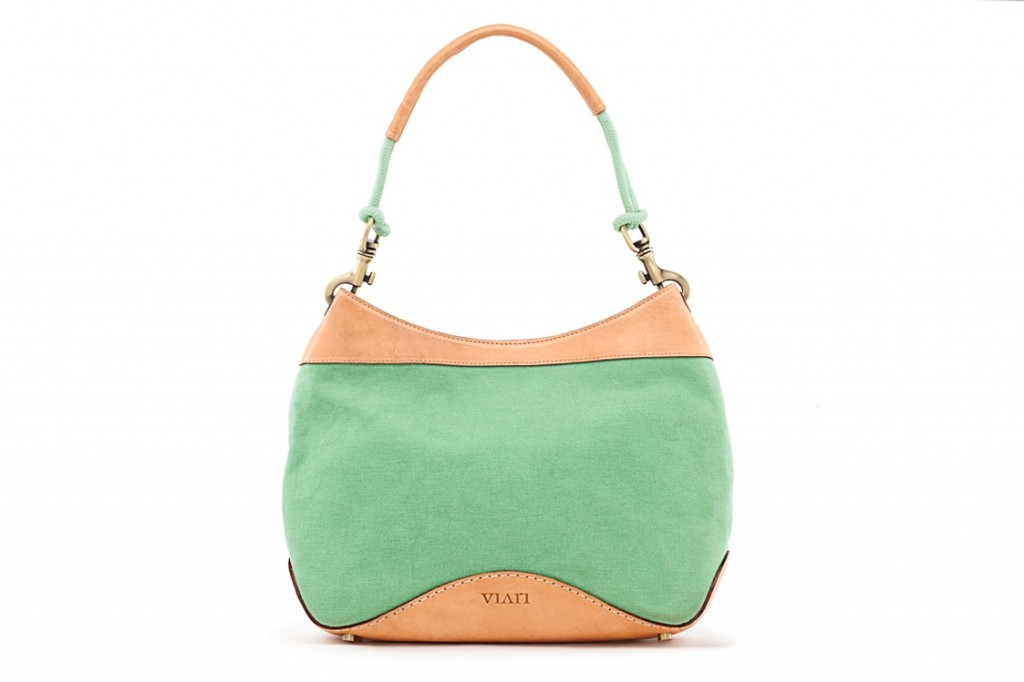 Viari Santorini summer shoulder bag