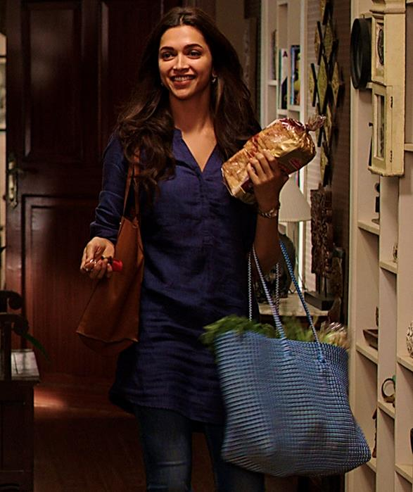 Deepika Padukone in Piku fashion