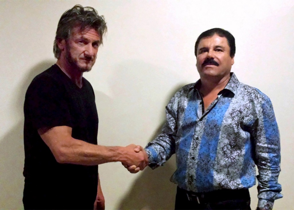 El Chapo in blue shirt with Sean Penn
