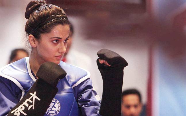 Naam Shabana fighting