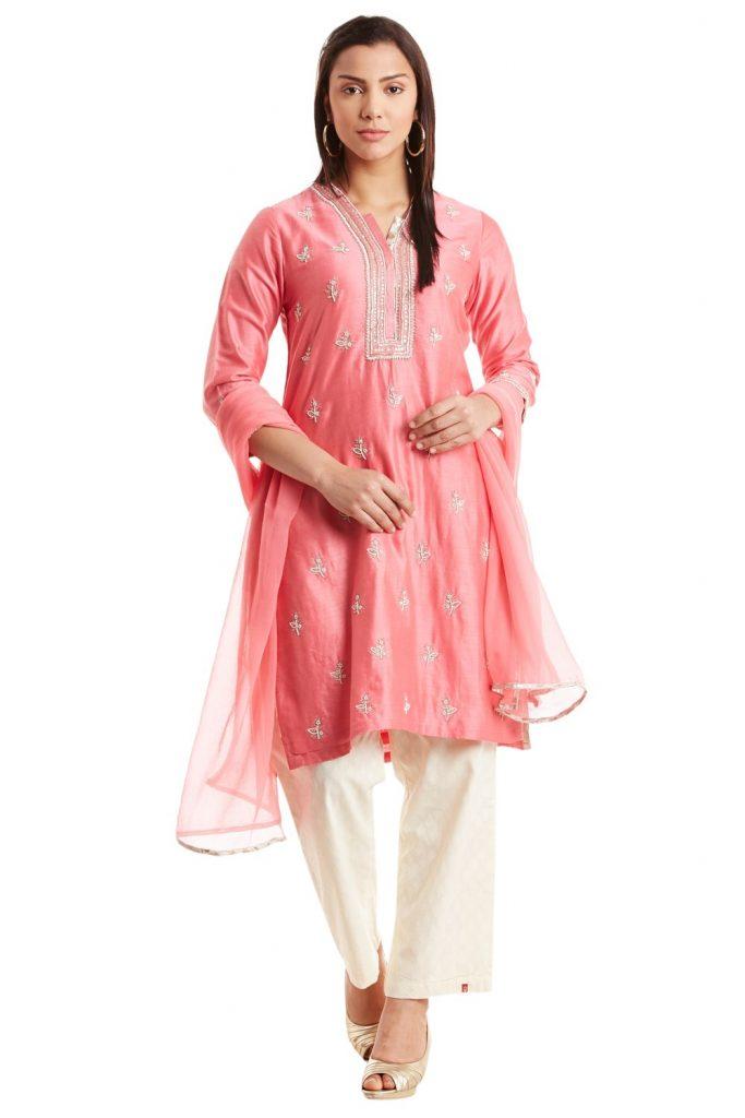 Biba pink suit Taapsee Paanu in Manmarziyaan