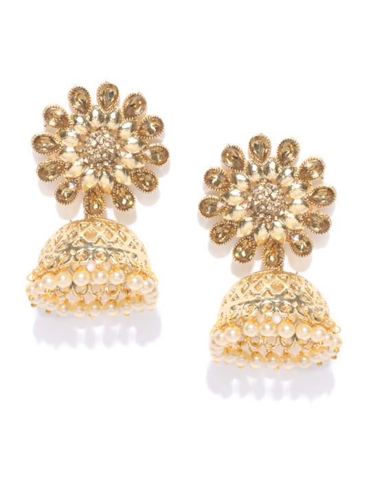 Zaveri-Pearls-Jhumkas for Taapsee Pannus look Manmarziyaan